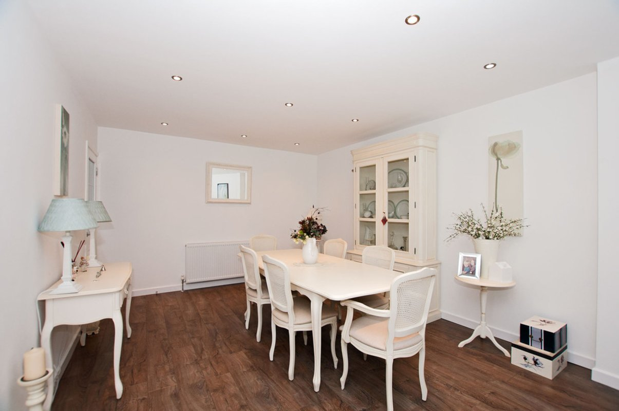 4 Bedroom 3 Bathroom House For Sale In Loughton London